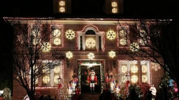 Dyker Heights 01