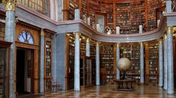 Pannonhalmi Főapátsági Könyvtár 01