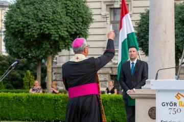 Győr-Kereszt 12
