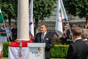 Győr-Kereszt 03