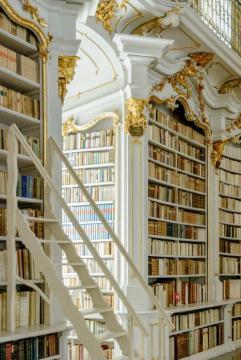 Az admonti bencés apátság könyvtára 16