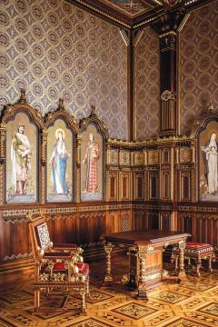 Szent István-terem 28