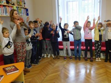 A Magyar Népmese Hete Ménfőcsanakon 29